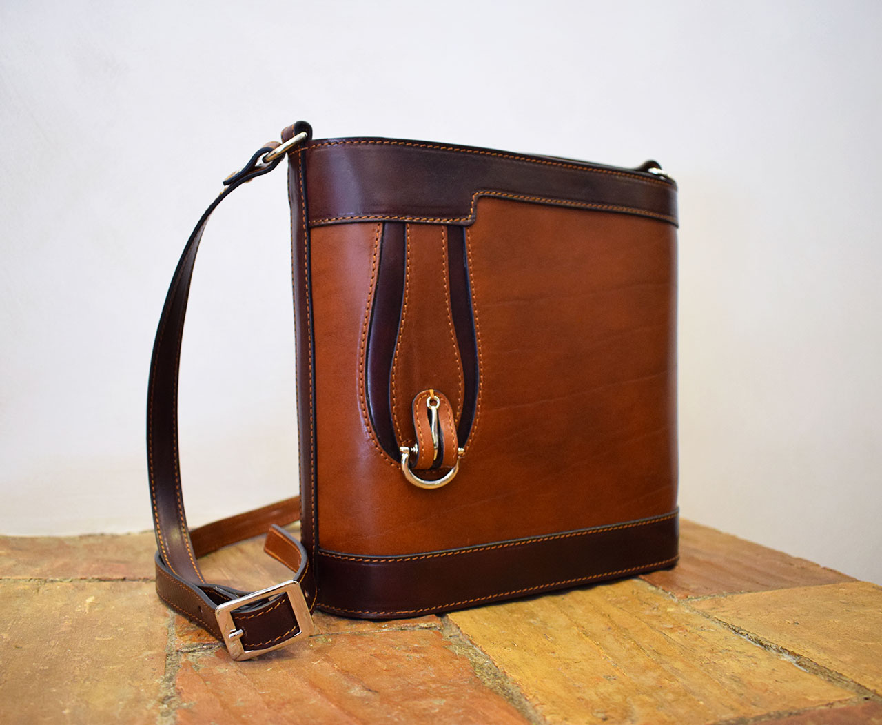 Leather purse - Aurora - Cognac Brown