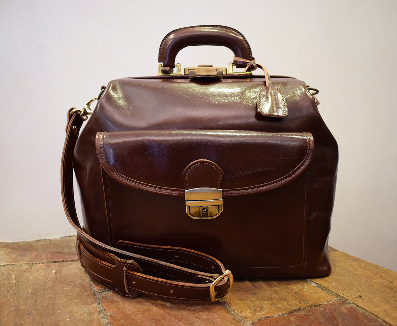 Leather Doctor Bag - Salus
