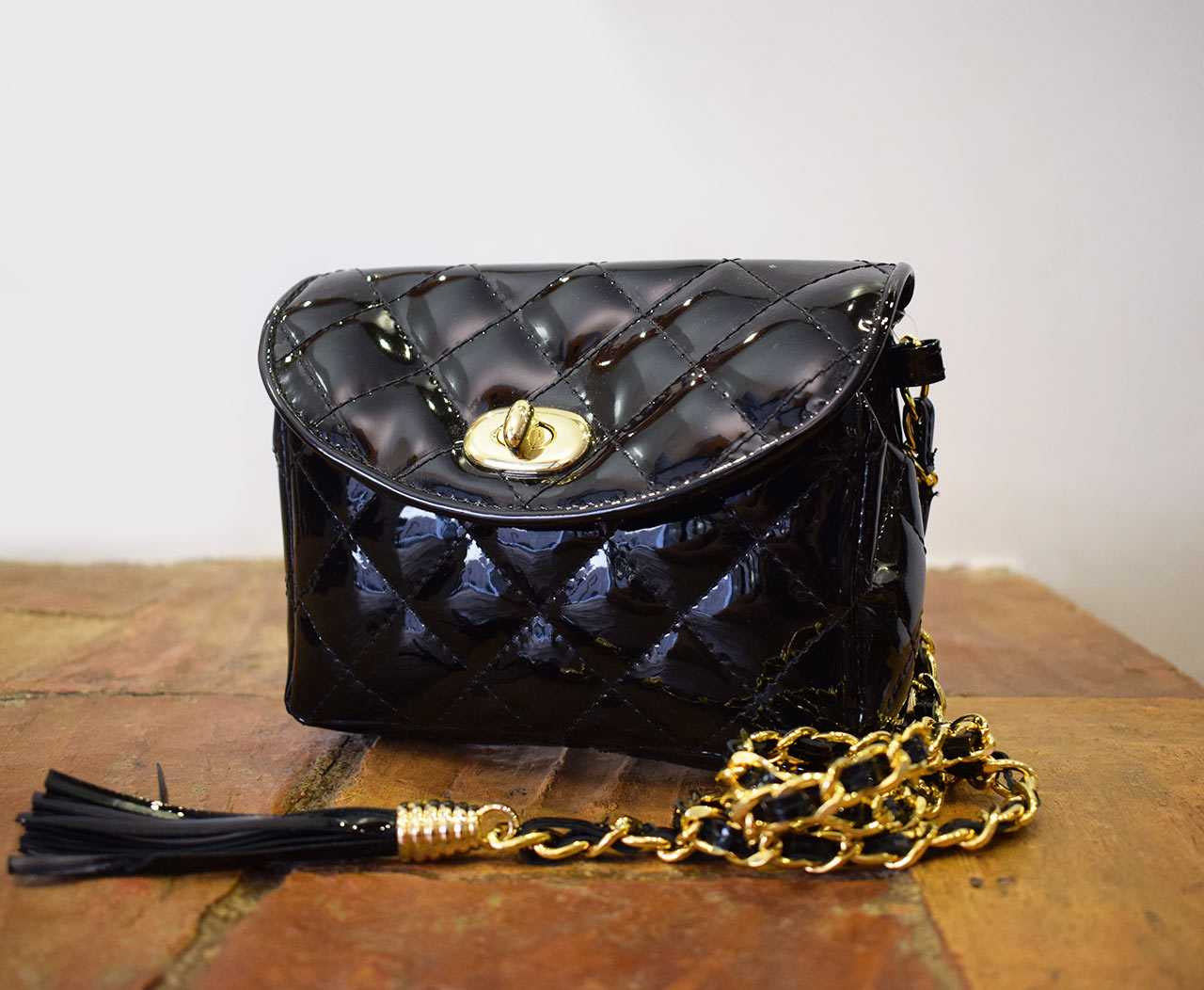 Leather Purse - Mini Venus - Black patent leather