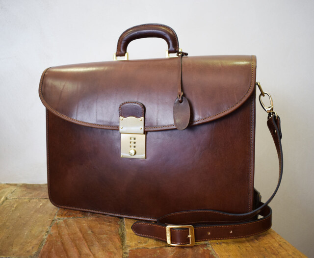 Leather Briefcase - Virtus