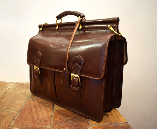 Handmade leather briefcase - Mancini Leather