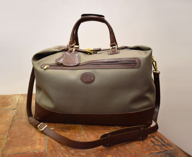 Handmade travel bag, waterproof canvas and leather - Mancini Leather