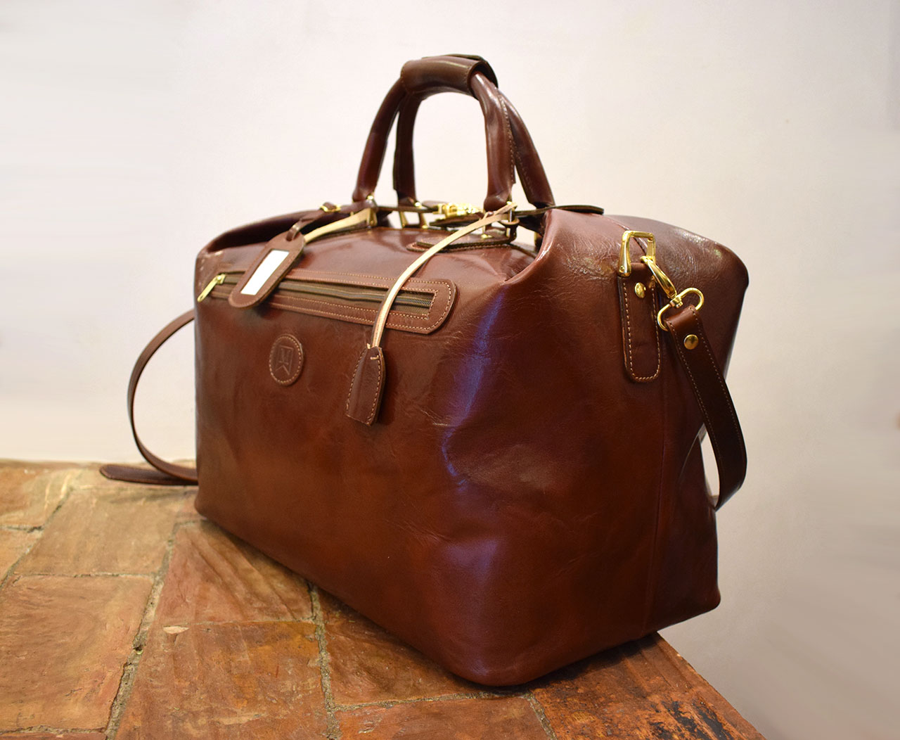 Leather Cube, italian handmade leather travel bag - Mancini Leather Since 1918